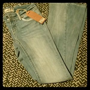REVOLTAGE BY REVOLT • Bootcut Jeans 27/34. *NWT*